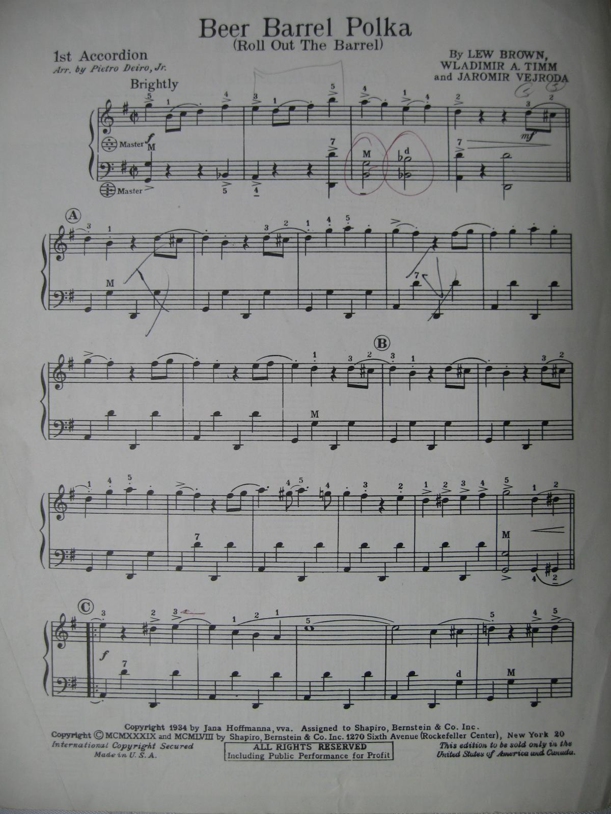 how to play beer barrel polka on accordion